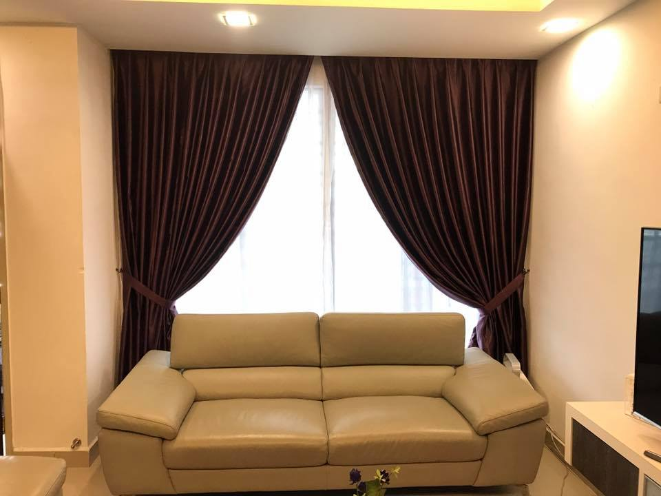 Interior decorating living room curtains in dubai c for Interior decoration living room curtains