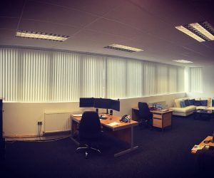 cheap vertical blinds in abu dhabi & dubai for office window
