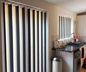 white & black vertical blinds in abu dhabi & dubai for office window